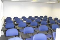 כיתה 403 - 25 מקומות ישיבה
