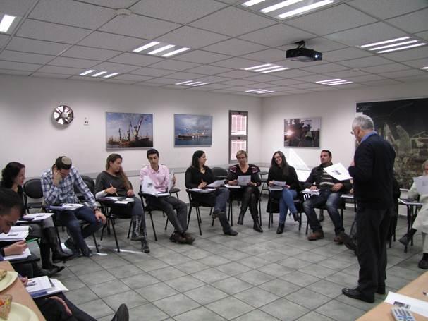 הדרכה פנים ארגונית - סיום קורס אנגלית עסקית בנמל אשדוד