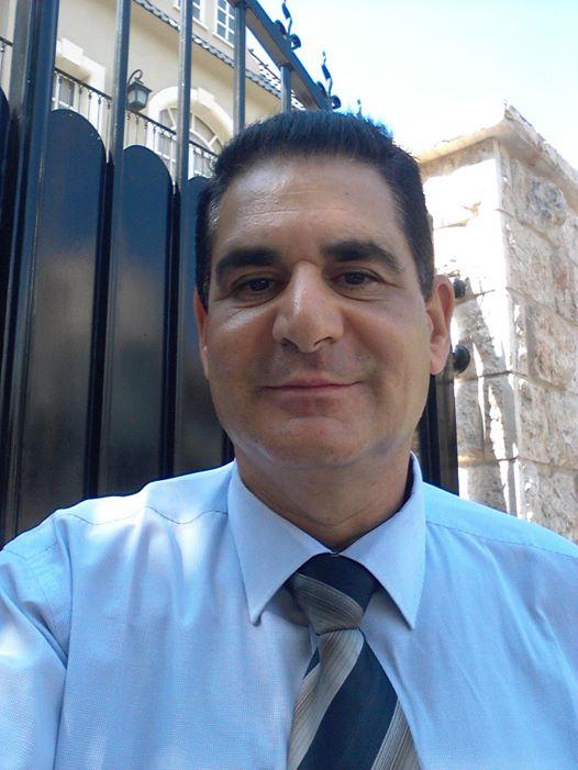 """עו""""ד ירון ברדה - מרצה לביטוח ברכש וחוזים במכללה העסקית"""