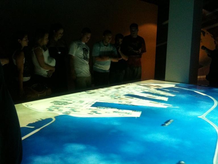 גלרייה - המכללה העסקית קיימה סיור בנמל אשדוד לתלמידי קורסי סחר בינלאומי, 5 מתוך 7