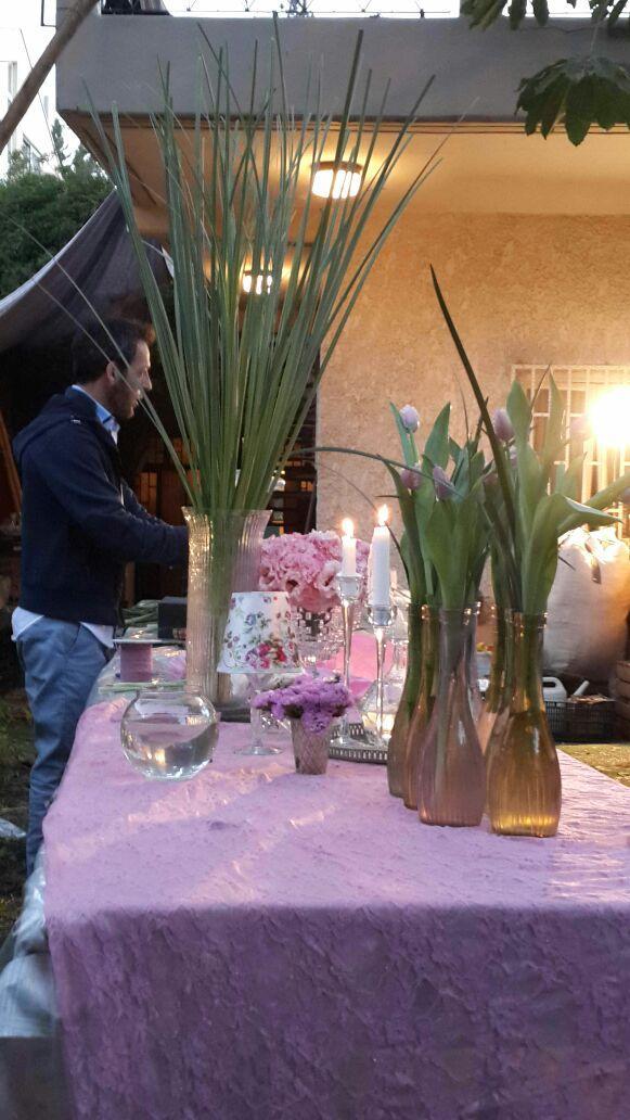 גלרייה - שיעור עיצוב ושזירת פרחים קורס הפקת אירועים מחזור 10, 5 מתוך 9