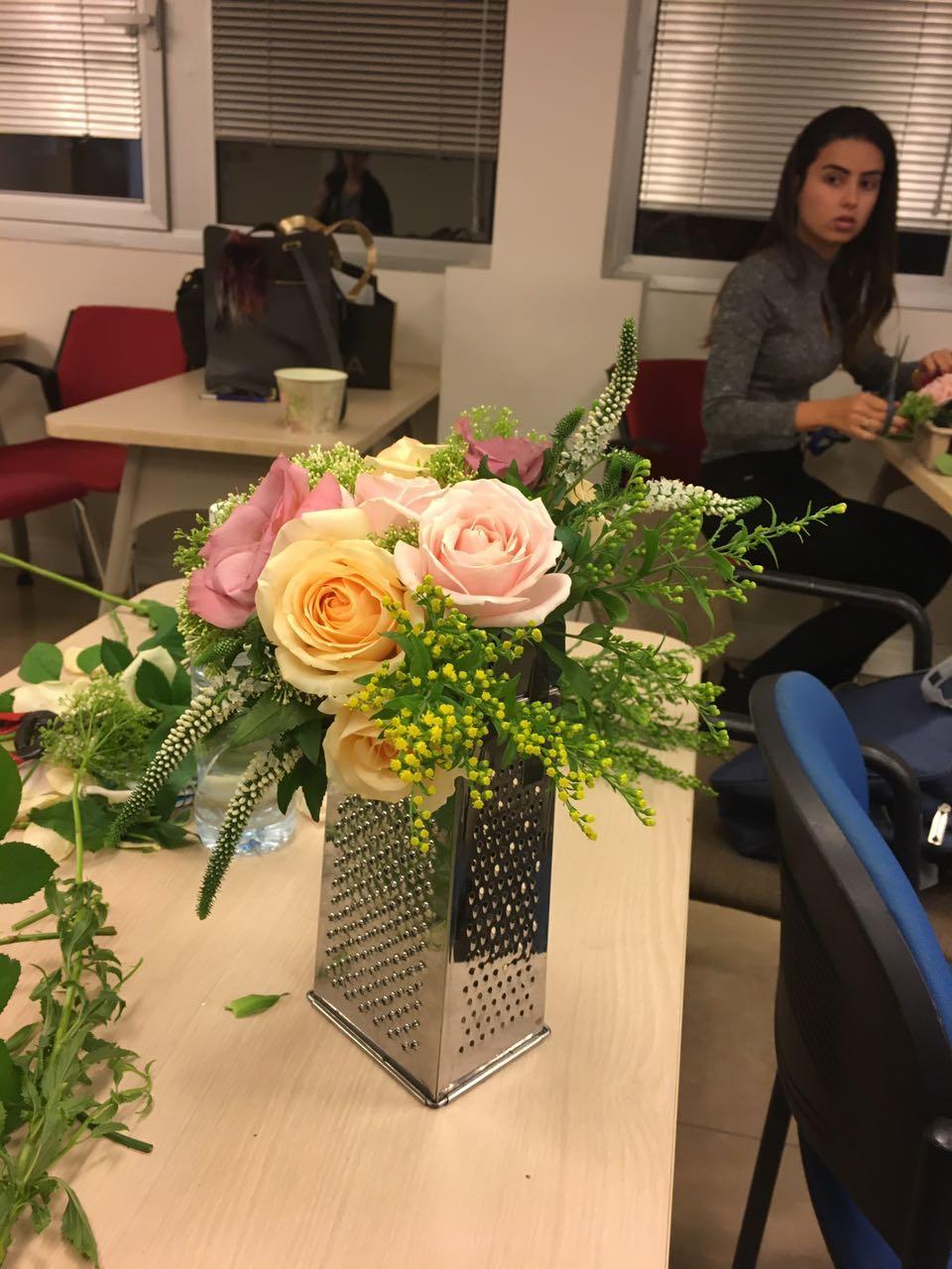 גלרייה - שזירת פרחים - קורס עיצוב ניהול והפקת אירועים מחזור 15, 2 מתוך 22