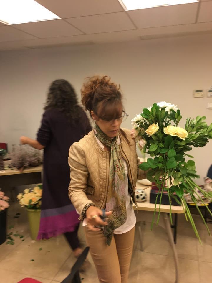גלרייה - שזירת פרחים - קורס עיצוב ניהול והפקת אירועים מחזור 15, 8 מתוך 22
