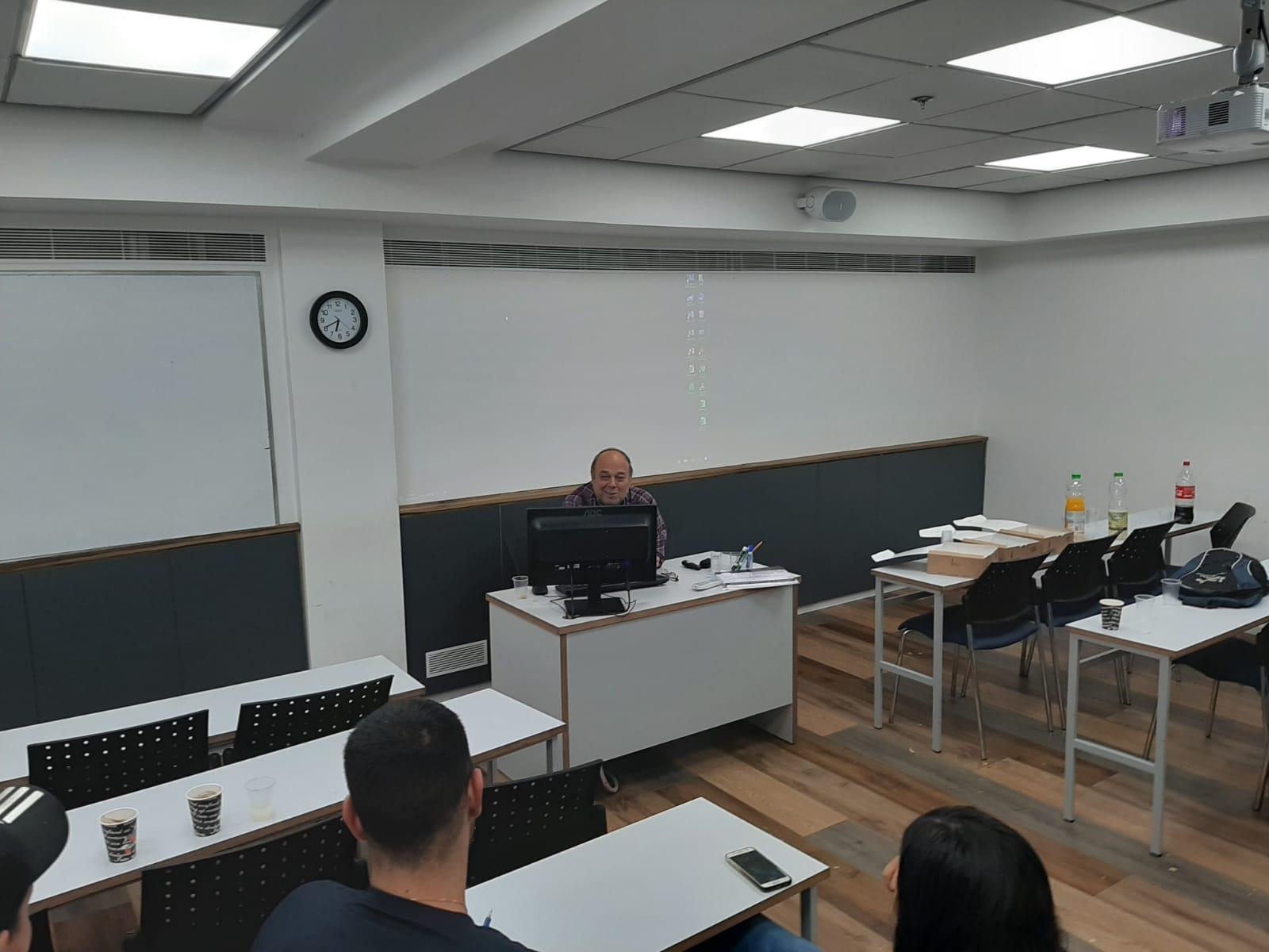גלרייה - סיום קורס ניהול לוגיסטיקה ומחסן ממוחשב בכיר מחזור 39, 22 מתוך 38